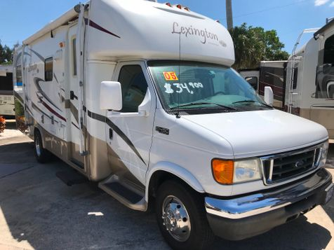 2005 Forest River LEXINGTON 28GT in Palmetto, FL
