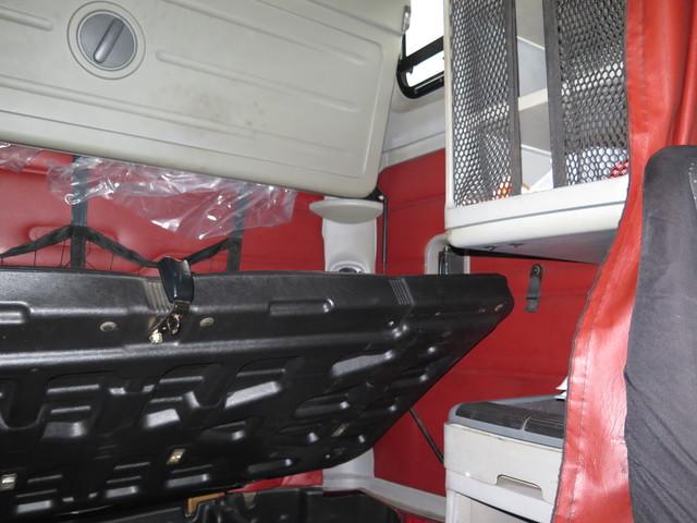 2005 Freightliner Columbia in Ravenna, MI 49451