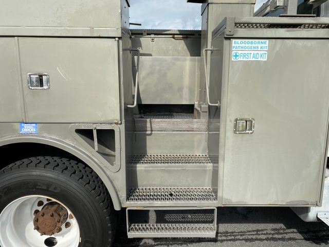 2005 Freightliner Business Class M2 Bucket Truck in Ephrata, PA 17522