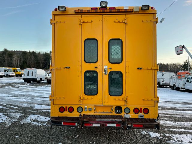 2005 Freightliner MT45 Hoosick Falls, New York 3
