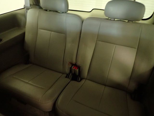 2005 GMC Envoy XL SLT Lincoln, Nebraska 8