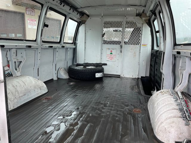 2005 GMC Savana Cargo Van Y3G Mobility Hoosick Falls, New York 3