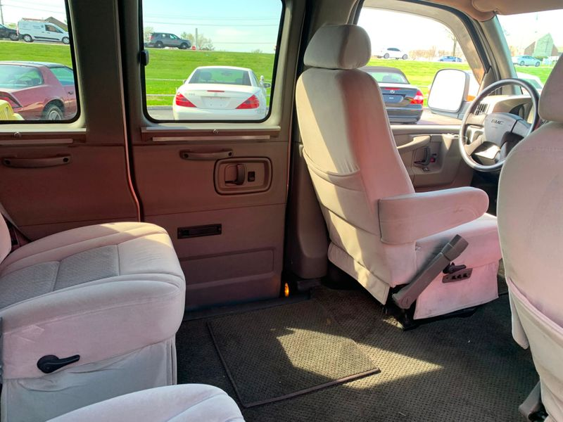 2005 GMC Savana Upfitter  St Charles Missouri  Schroeder Motors  in St. Charles, Missouri