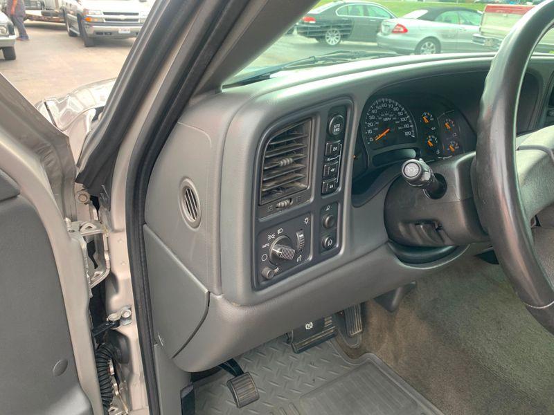 2005 GMC Sierra 1500 SLE  St Charles Missouri  Schroeder Motors  in St. Charles, Missouri