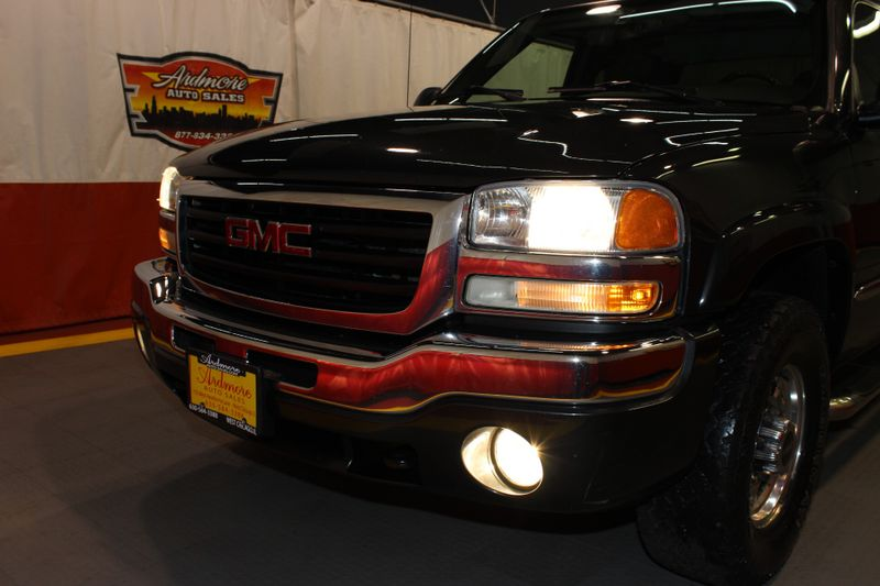 2005 GMC Sierra 1500HD SLE  city Illinois  Ardmore Auto Sales  in West Chicago, Illinois