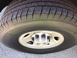 2005 Gmc-Carfax Clean! Sle! Sierra 2500-TURBO DIESEL! 4X4! CREW CAB!!  SLE-CARMARTSOUTH.COM Knoxville, Tennessee 33