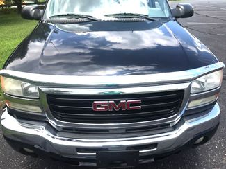 2005 Gmc-Carfax Clean! Sle! Sierra 2500-TURBO DIESEL! 4X4! CREW CAB!!  SLE-CARMARTSOUTH.COM Knoxville, Tennessee 1