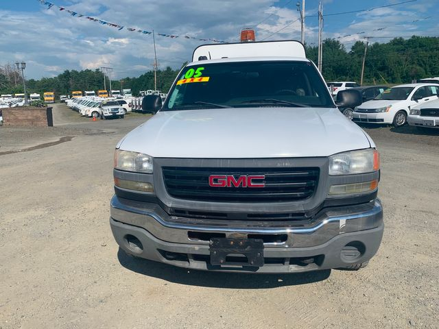 2005 GMC Sierra 2500HD Work Truck Hoosick Falls, New York 1
