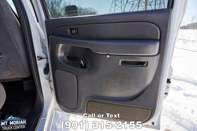 2005 GMC Sierra 2500HD SLE in Memphis, Tennessee 38115