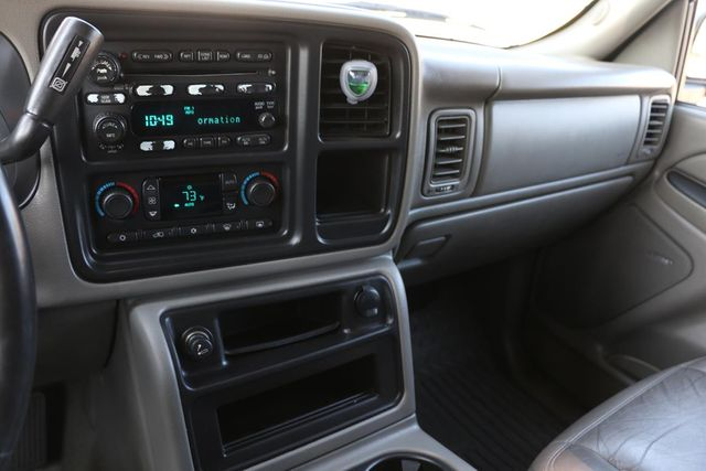 2005 GMC Sierra 2500HD SLT Santa Clarita, CA 9
