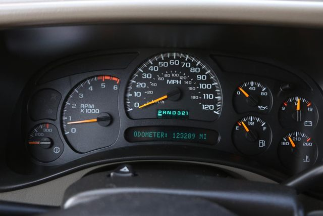 2005 GMC Sierra 2500HD SLT Santa Clarita, CA 10