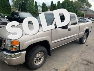 2005 GMC Sierra 2500HD SLE  city MA  Baron Auto Sales  in West Springfield, MA