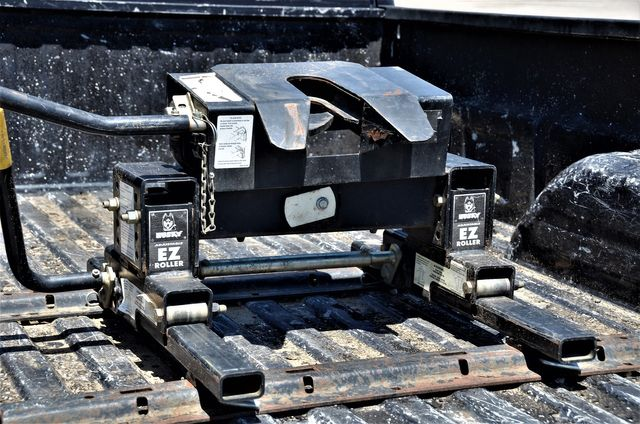 2005 GMC Sierra 3500 DRW SLE in Reseda, CA, CA 91335