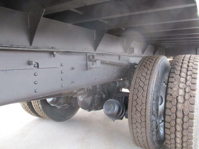 2005 GMC TC8500 Tandem DUMP TRUCK AUTO 73K Lake In The Hills, IL 29