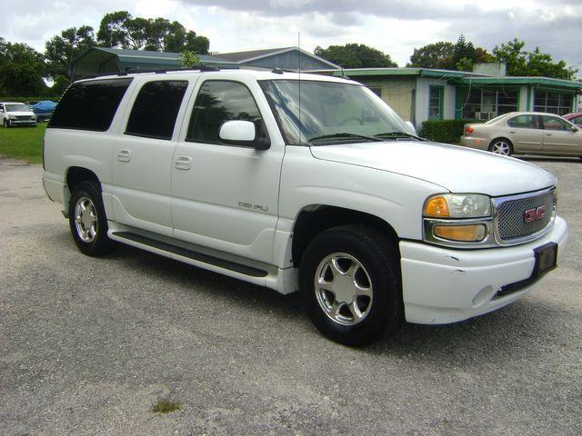 2005 GMC Yukon XL AWD DENALI in Fort Pierce, FL 34982