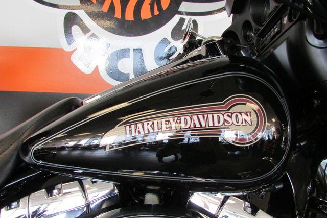 2005 Harley-Davidson Electra Glide® Classic Arlington, Texas 21