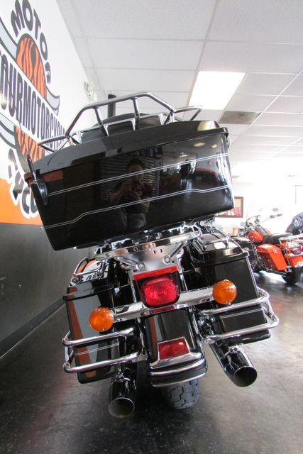 2005 Harley-Davidson Electra Glide® Classic Arlington, Texas 8