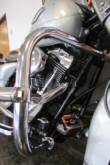 2005 Harley-Davidson Road King® Classic Arlington, Texas 25