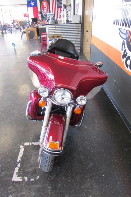 2005 Harley-Davidson Street Glide Arlington, Texas 4