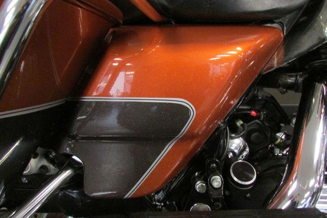 2005 Harley-Davidson ULTRA CLASSIC ELECTRA GLIDE    FLHTCUI Arlington, Texas 17