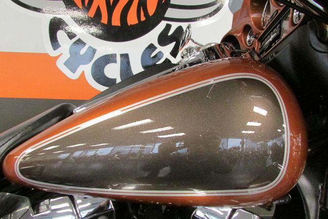 2005 Harley-Davidson ULTRA CLASSIC ELECTRA GLIDE    FLHTCUI Arlington, Texas 23