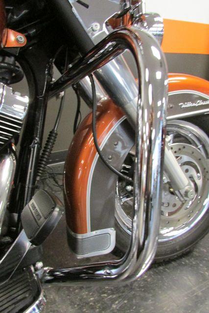 2005 Harley-Davidson ULTRA CLASSIC ELECTRA GLIDE    FLHTCUI Arlington, Texas 24