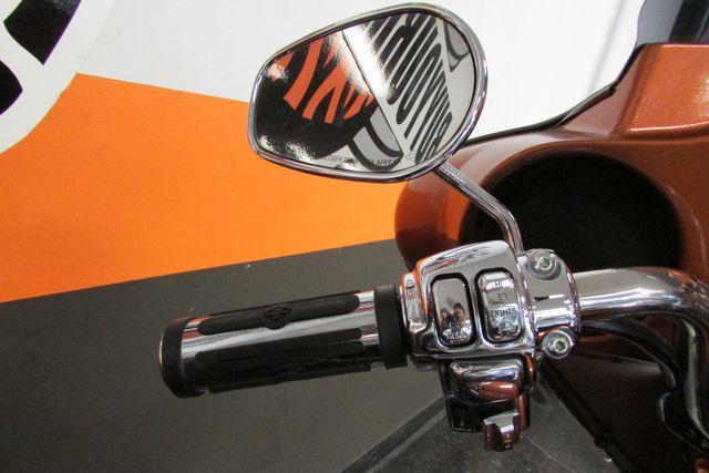 2005 Harley-Davidson ULTRA CLASSIC ELECTRA GLIDE    FLHTCUI Arlington, Texas 32