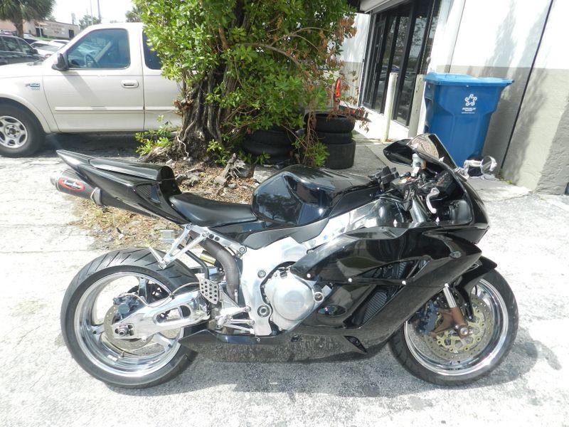 2005 Honda CBR1000 RR CBR1000RR  CBR1000 Custom Many Extras 30 DAY WARRANTY  city Florida  MC Cycles  in Hollywood, Florida
