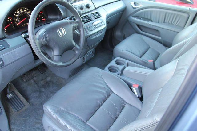 2005 Honda Odyssey EX-L Santa Clarita, CA 8