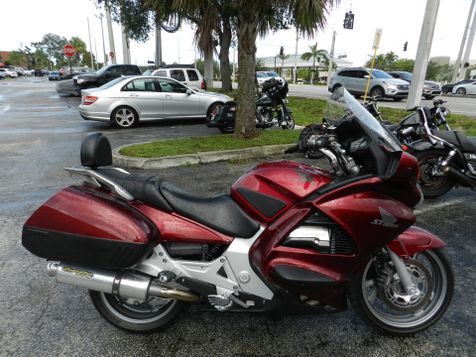2005 Honda ST1300 WITH RADIO! **30 DAY COMPLIMENTARY WARRANTY! in Hollywood, Florida
