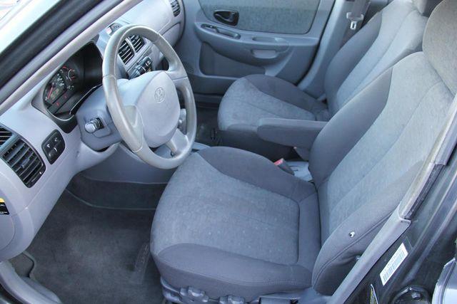 2005 Hyundai Accent GLS Santa Clarita, CA 13