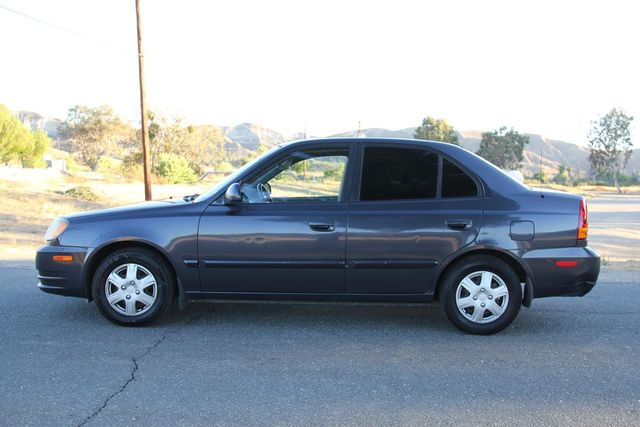 2005 Hyundai Accent GLS Santa Clarita, CA 11