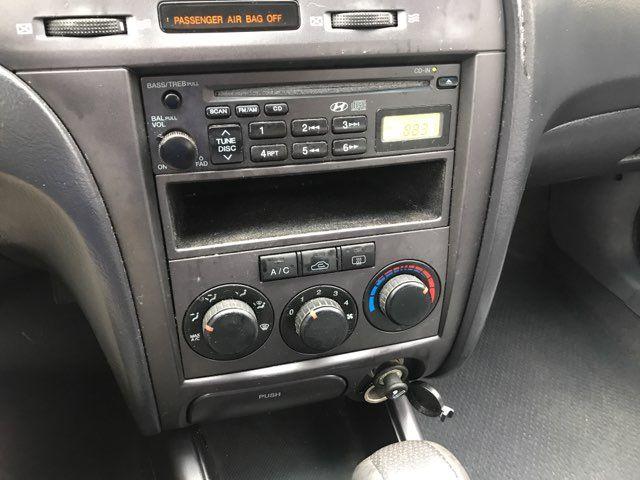 2005 Hyundai Elantra GLS Knoxville, Tennessee 16
