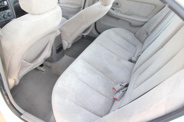 2005 Hyundai Elantra GLS Santa Clarita, CA 15