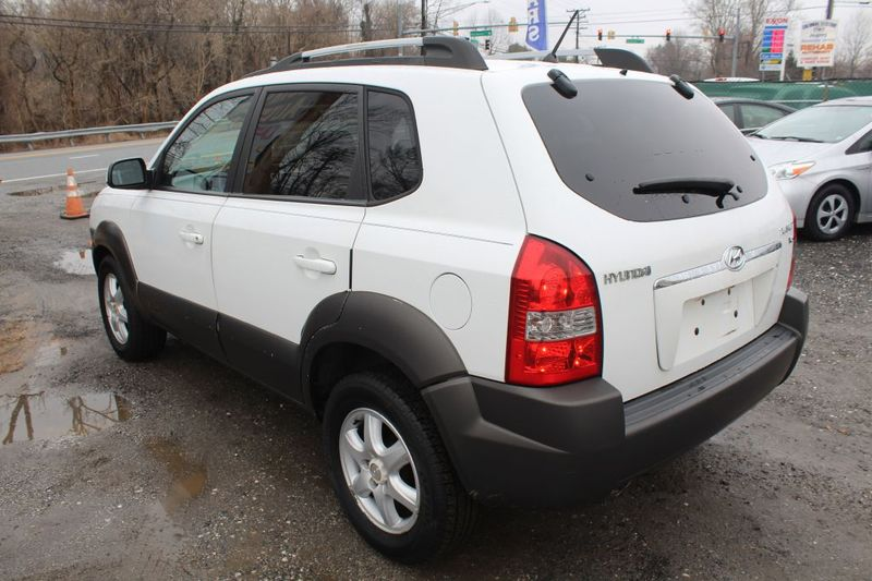2005 Hyundai Tucson GLS  city MD  South County Public Auto Auction  in Harwood, MD