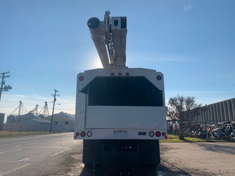 2005 International 4300 FORESTRY BUCKET TRUCK   city TX  North Texas Equipment  in Fort Worth, TX
