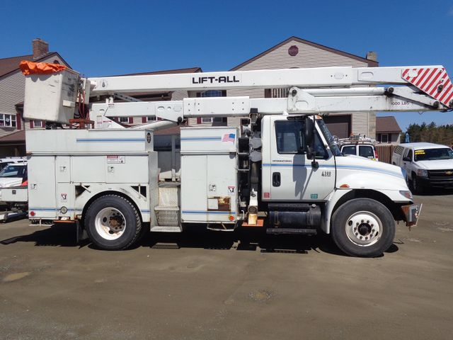 2005 International 4300 Hoosick Falls, New York 2