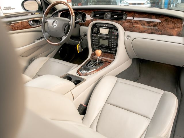 2005 Jaguar XJ XJ8 LWB Burbank, CA 13