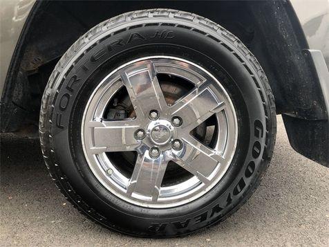 2005 Jeep Grand Cherokee Limited 4x4 V8 HEMI Sunroof Cln Carfax We Finance   Canton, Ohio   Ohio Auto Warehouse LLC in Canton, Ohio