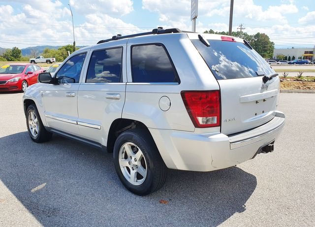 2005 Jeep Grand Cherokee Limited 4WD 4.7L V8 w/DVD in Louisville, TN 37777