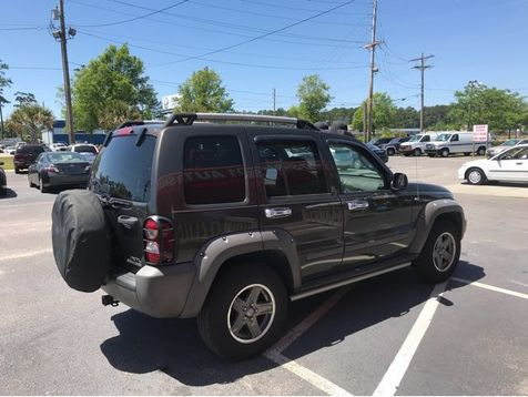 2005 Jeep Liberty Renegade | Myrtle Beach, South Carolina | Hudson Auto Sales in Myrtle Beach, South Carolina