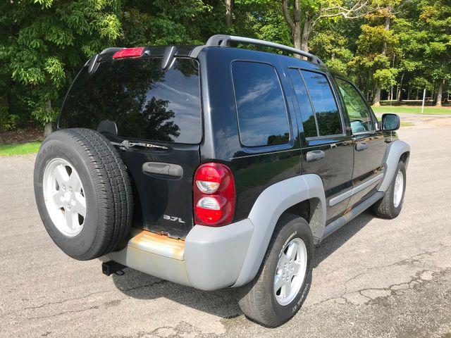 2005 Jeep Liberty Sport Ravenna, Ohio 3