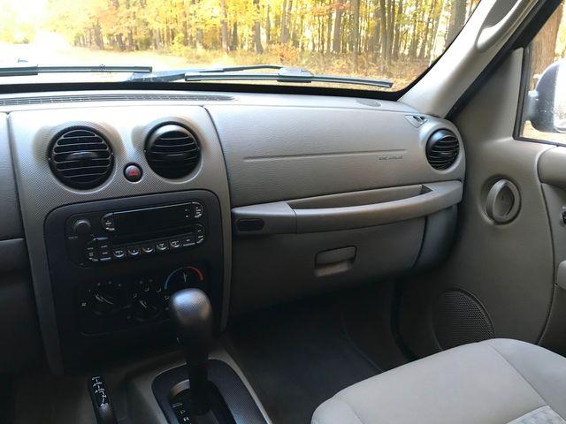2005 Jeep Liberty Sport Ravenna, Ohio 9