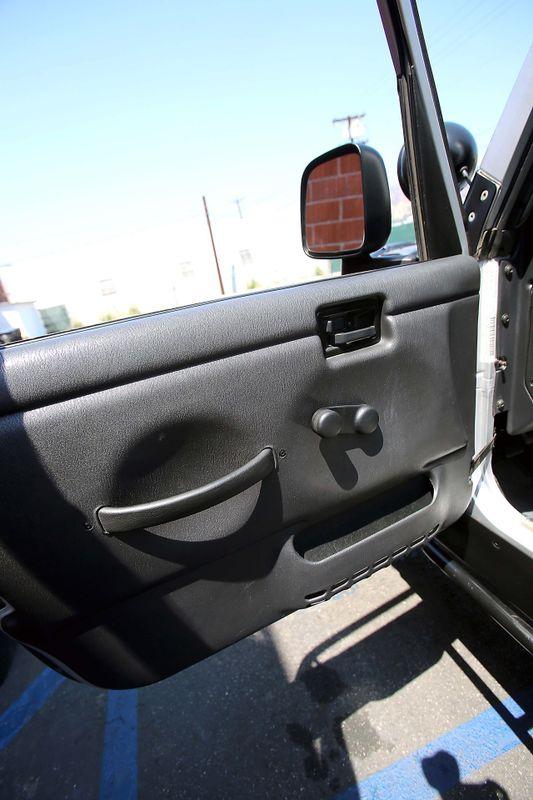 2005 Jeep Wrangler X - Modified - Manual - Lift kit   city California  MDK International  in Los Angeles, California