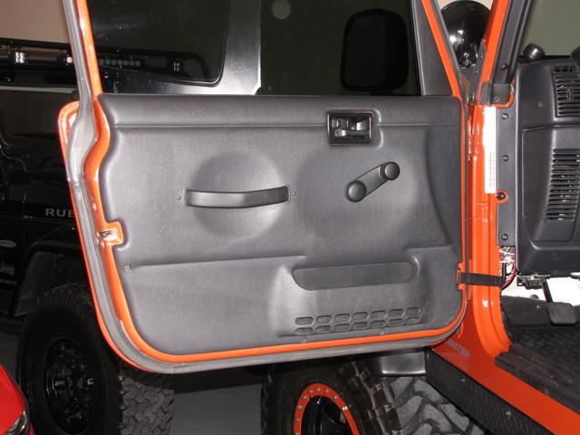 2005 Jeep Wrangler Unlimited Rubicon LJ Jacksonville , FL 38