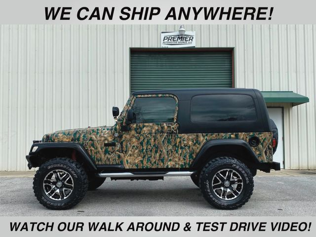 2005 Jeep Wrangler Unlimited custom camo paint
