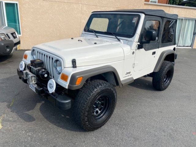 2005 Jeep Wrangler SE 4X4 6-Spd MANUAL OFF ROAD READY W/ ROUGH COUNTRY SHOCKS, WINCH, NEW TIRES, ONLY 97K in San Diego, CA 92110