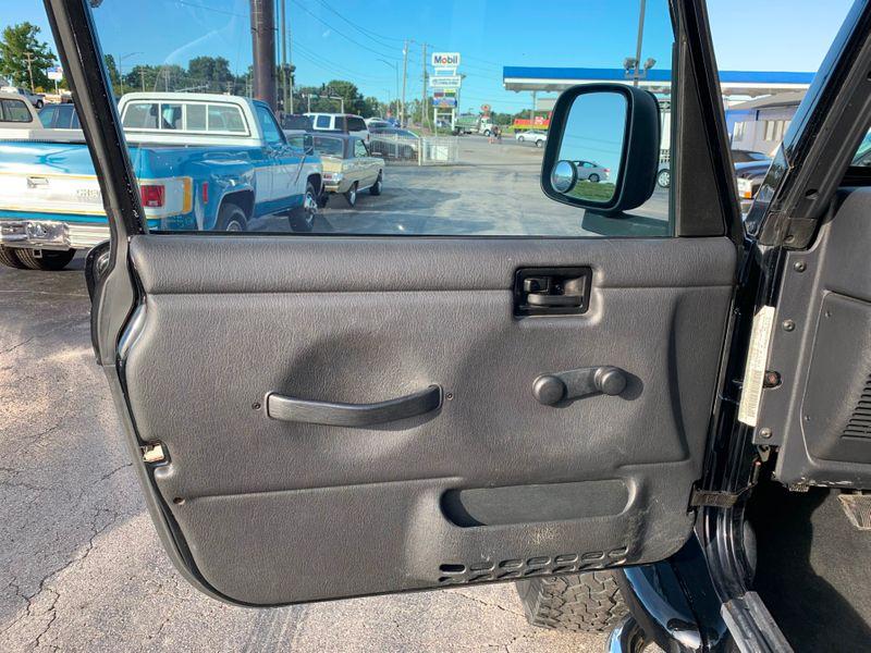 2005 Jeep Wrangler Unlimited  St Charles Missouri  Schroeder Motors  in St. Charles, Missouri