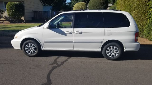 2005 Kia Sedona LX in Portland, OR 97230