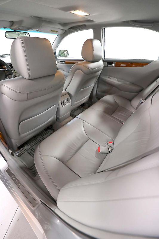 2005 Lexus ES 330 - Immaculate - Timing belt done  city California  MDK International  in Los Angeles, California